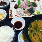 漁協食堂 うずしおの刺身盛り合わせ定食の写真