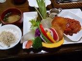 Cafe naka蔵の各種ハンバーグランチの写真
