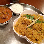 南インド料理 ダクシン DAKSHIN 東京駅八重洲店の本格チキン・ビリヤニの写真