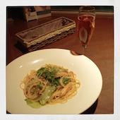 レストラン 癒月のずわいがにとシャキシャキレタスのペペロンチーニ スパゲティの写真
