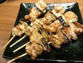 JAPANESE DINING 和民 京橋OBPツイン21-1F店の国産ねぎま串(たれ・塩)の写真