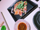 Mansoh まんそうの九条ねぎと紅しょうがの海鮮チヂミの写真