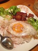 シュシュ Chou Chou In Wonder Land Kitchen 神戸市中央区の煮豚と半熟卵のロコモコ風の写真