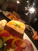 ちーず屋 SANNOMIYA本店の大きなトーストdeちーずフォンデュの写真