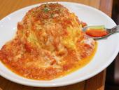 陽だまり食堂のモッツアレラトマトオムライスの写真