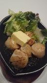 源氣屋 高槻のお刺身ホタテのバター焼きの写真