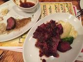 スペイン食堂 DECOの仔羊の炭火焼(1本)/豚スペアリブの炭火焼/イベリコ豚の炭火焼/柳橋市場直送鮮魚の写真