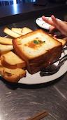 ソウズ 新潟 駅前店のチーズたっぷりパングラタンの写真
