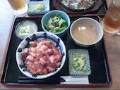 上野 うみブタの■ いかのかき揚げ丼定食の写真