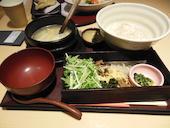 DO-ZO ドーゾ 赤坂サカスBizタワーの200g野菜の濃厚鶏飯の写真
