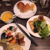 ANAクラウンプラザホテル新潟 オールデイダイニング シーズンカフェのクリームコーンスープの写真