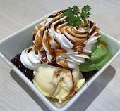 3×3 SAZANCAFE STYLE 中央通り店のチョコレートパフェ/ストロベリーパフェ/抹茶パフェ/キャラメルナッツパフェの写真