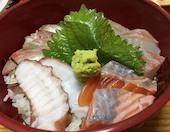 海鮮酒場うおたつの海鮮丼の写真