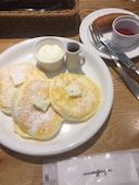 VERY FANCY 札幌のPlane プレーン (グラノーラバター、メープルシロップ、フレッシュクリーム)の写真