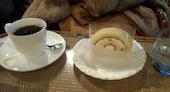 コーヒープラザ 西林のフルーツロールケーキの写真