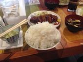 """寅""""むすこ食堂の週替わり定食の写真"""