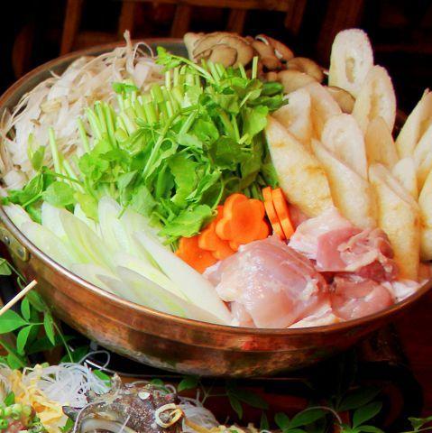 最近ちょっと身体が重い…なんて感じていませんか?食べものを見直してみましょう。というわけで、今回は下北沢で、野菜料理と家庭的な総菜が自慢の居酒屋をピックアップ。日頃の食生活をリセットして、日本人の胃袋…
