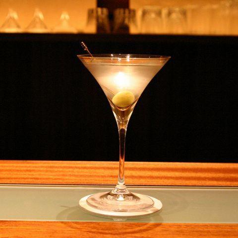 【大阪・茶屋町】上質な時間を楽しむ大人たちへ。シックでおしゃれなバー3選