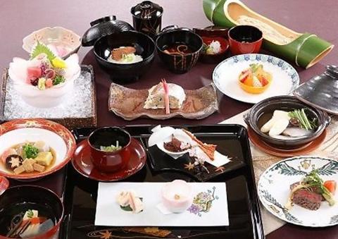 記念日は厳選した料亭で!東京の豪華な料理や内装のお店20選 の画像