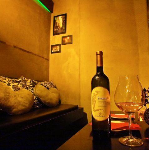 女性との食事。いつも行くお店がマンネリ化してきたら、もっと新しいお店を開拓したいと思いますよね★渋谷エリアには様々なお店がありますが、今回はその中でワインが飲める素敵なお店を3軒セレクトしてみました。…