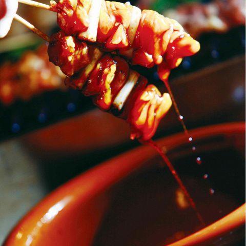 【京橋】大阪の下町で楽しむ格安焼き鳥3選!今日は鶏をしばいてみては?