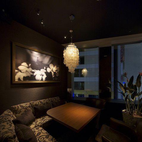 【大人デートに使える】新宿で雰囲気抜群のおしゃれ個室がある居酒屋10選 の画像