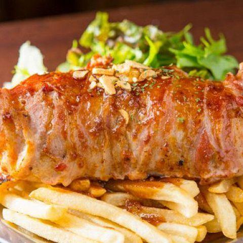 若者の街渋谷といえば、数多くのお店がひしめく飲食店激戦区。「今日は肉料理を思う存分、気兼ねなく食べたい!」もちろんそんな要望に応えてくれるお店も揃っています。お肉といえばどうしてもお値段が張るイメージ…