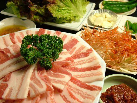 女子会におすすめ!立川の野菜もたっぷり食べられるヘルシー焼肉店