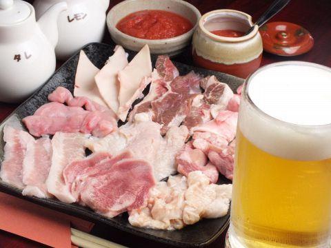 ビールやハイボール、焼酎と一緒に食べたい。白飯にワンバンさせて食べたい…。どうしても焼肉のことが頭から離れない日はありませんか?どんな料理にも言えますが、高くてうまいのはあたりまえ。やっぱり安くてうま…